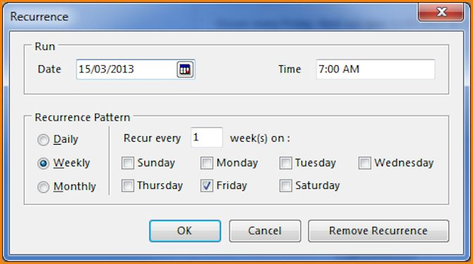Schedule reports in Chris21